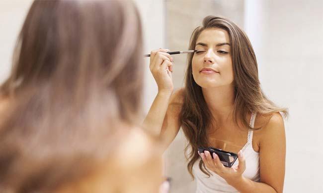 Benefits Of MAC Eyeshadows