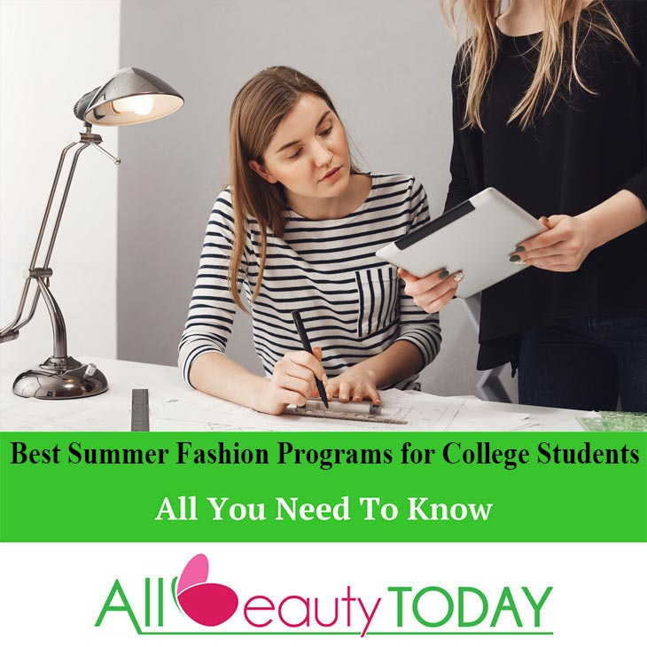 Summer Fashion Programs for College Students